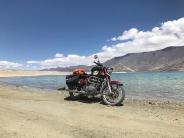 2Anirudh Ladakh