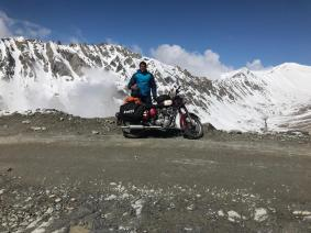 7Anirudh Ladakh